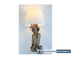 Lampy z drewna z morza